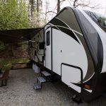 Travel Trailer Rental Patio Overhang